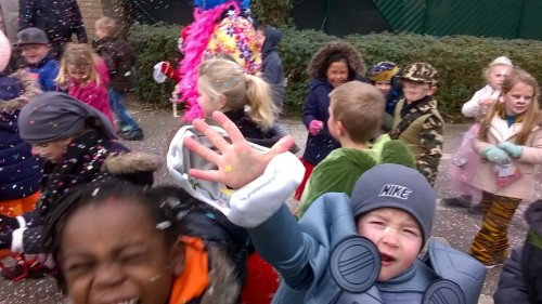 Carnavalstoet in ons dorp! wp_20180209_14_20_05_pro-medium.jpg