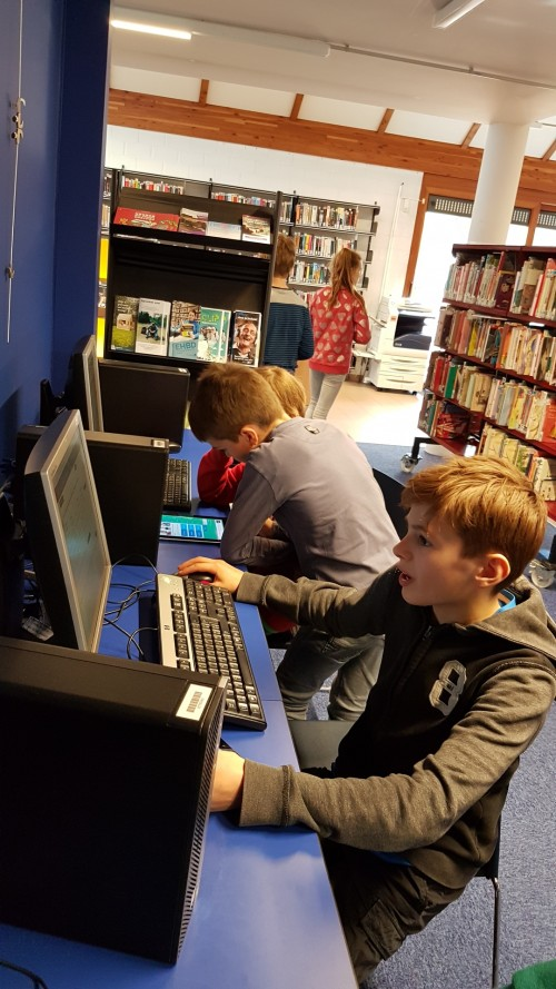 'Bibster Story' : een spel in en over de bibliotheek. 20190401_140857.jpg